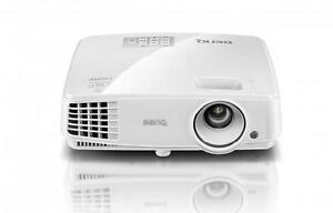 BENQ MS524A DLP Projector - 1600 x 1200 - UXGA - 3300 Lumens - 3D Ready - HDMI - 13,000-1