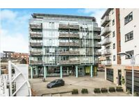 3 bedroom flat in Canal Square, Birmingham