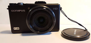 Olympus XZ-1 (Compact Camera, with fast F1.8 Lens)