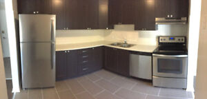 FULLY-RENOVATED 3BDRM TOWNHOUSE AVAILABLE IMMEDIATELY!!