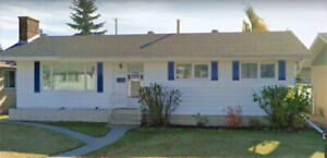 Great family home in Leduc AB! Close to Schools