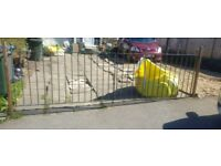 double iron gates 80 ono