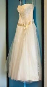 Mon Cheri Jolie Ivory Bridal Gown Wedding Dress