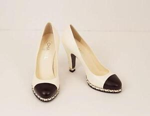 chanel shoes. chanel chain shoes o