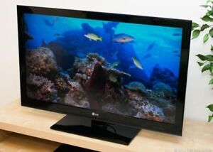 """Wanted to Buy a NEWER 32"""" OR Bigger Broken LCD, OR LED TV."""