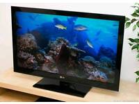 """LG 42"""" Tv built in freeview"""