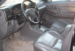 1998 Isuzu rodeo LSE V6 leather part out!