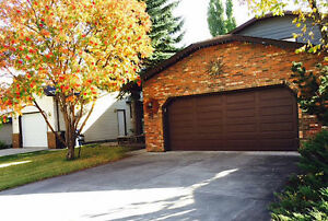 Beautiful Spacious 2 storey 4 bedroom house for rent in Edgemont