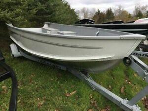 Alumicraft 15 ft boat