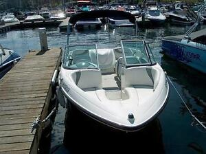 2005 Maxum 1800 MX Bowrider 3.0 L  Very Low Hours!!