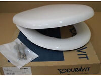 Duravit Architec WC toilet Seat with Automatic Soft-Close Lid, 575mm (White). BRAND NEW IN BOX