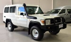 2013 Toyota Landcruiser VDJ78R MY13 Workmate Troopcarrier White 5 Speed Manual Wagon Kenwick Gosnells Area Preview