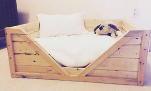 High Quality, Custom Wood Dog Bed Sarnia Sarnia Area image 2