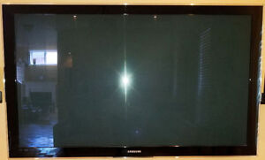 """SAMSUNG TV - 55"""" - ALMOST LIKE BRAND NEW CONDITION!!"""