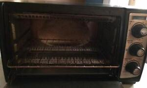 Black and Decker Convection Toaster Oven Windsor Region Ontario image 3