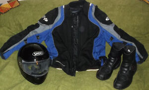 Motorcycle gear. Jacket, helmet, * all cose to new! new prices! London Ontario image 1