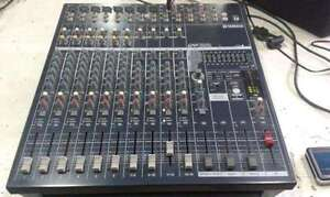 YAMAHA  EMX 5014c    Powered Mixer  w/case