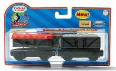 THOMAS THE TANK & FRIENDS-GIGGLING TROUBLESOME TRUCKS 2006 COLLECTOR CARD**NIB**