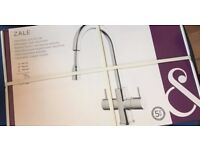 Kitchen Sink Pull out mono block tap 2 available (boxed brand new)