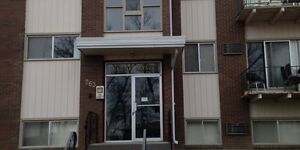 Great 2 Bedroom Suite in Central Location, Most Utilities Inc.