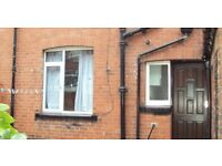 4 Bedroom Property Professionals / Students - 111 Cardigan Road, Leeds LS6 1LU