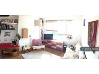 2 bedroom flat in Princeton Street, London, WC1R (2 bed)
