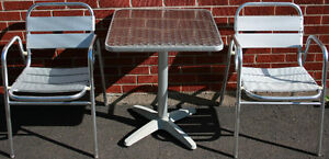 2 Aluminum Patio Chairs & Table