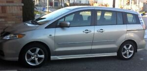 2006 Mazda 5, with Sunroof and all  Power options