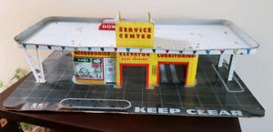 Metal Automobile Service Center