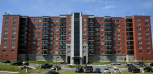2 Bedroom Apartment available for Lease Transfer - Larry Uteck