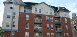 Lovely Downtown 2 Bedroom Apartment Available February 1st