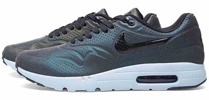 on sale 36ae2 f020c Nike Air Max 1 Ultra Moire QS Holographic Size 8 9 UK 42.5 44 EUR Brand