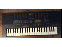 Yamaha PSS-580 Vintage FM sythesizer, fully boxed, MIDI IN OUT watch video