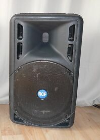 Used RCF ART 325A Active speaker [1 speaker] + soft case + speaker stand