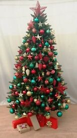 Looking for help to install and decorate christmas trees in corporate locations
