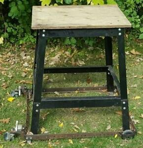 Heavy Duty Mobile Tool Saw Stand w/ Locking Casters