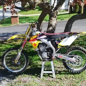 RM-Z 450 fuel injected 3500 obo