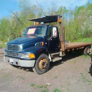 2001 Sterling m7500 Acterra Flatbed with 3126 Cat Engine