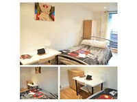 Large double room in 2 bedroom flat close to Canary Wharf