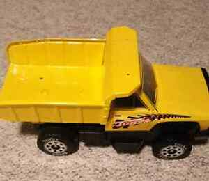 Tonka Dump Truck plus 1 Construction and 2 Firefighter helmets London Ontario image 1