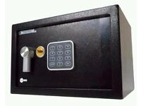 Small Yale Value Safe - Black - NEW