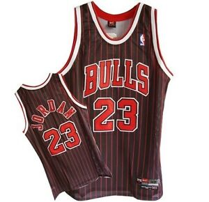 Nike Michael Jordan Chicago Bulls  Jersey  Black /red  NBA  Patch (Small)