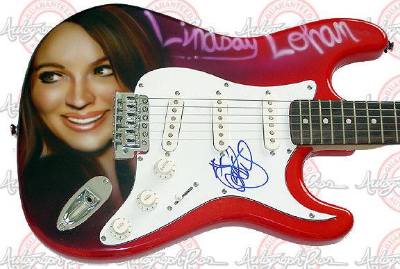 LINDSAY LOHAN Autographed Signed Guitar & Proof PSA/DNA    AFTAL