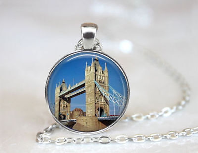 "LONDON BRIDGE ENGLAND women  pendant Silver 20"" Necklace chain FREE $10 GIFT"