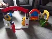Little Tikes Activity House / Garden Playhouse / Playset