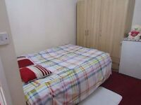 Luxury room for short stay £35per day with many facilties- not hidden costs: singles/couples welcome