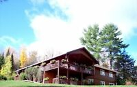 Lakeview Log Home/Cottage in Bancroft - CALL Now 1-613-602-3028