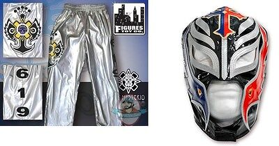 WWE Rey Mysterio Kid Size Silver Pants & Mask Blue Black Silver Halloween Costum