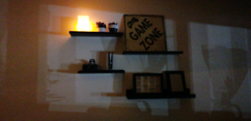 8 Floating shelves / Wall Decoration