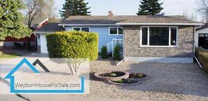 Weyburn House For Sale - 24 Hartney Bay Weyburn